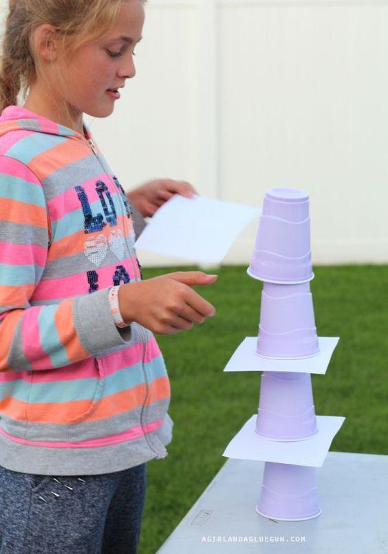 Retos Y Juegos Con Vasos Plásticos Reciclados Para Fiestas