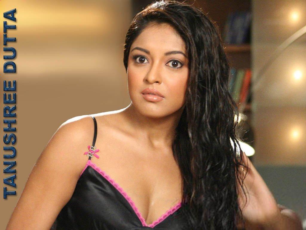 Bollywood Actress Photobook Tanushree Dutta Sexy-6758