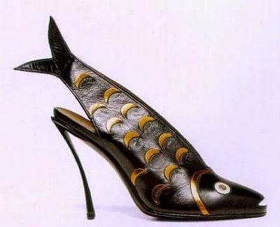 5aff29e94fa1d احذية غريبة جدا  صور احذية مضحكة - حنه 7