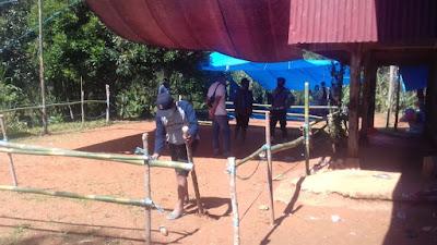 Kapolsek Makale dan Anggotanya Bongkar Arena Judi Sabung Ayam di Bungin
