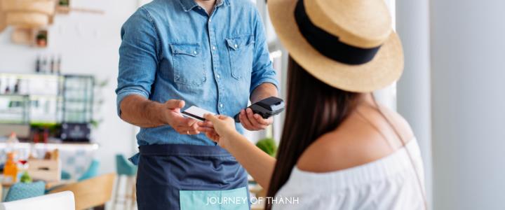 Lương bao nhiêu thì nên dùng thẻ tín dụng