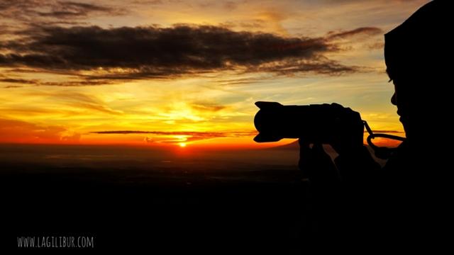Sunrise Puncak Gunung Telomoyo Jawa Tengah
