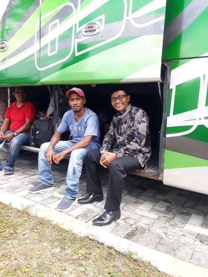Bereh, Haji Uma Jemput 33 TKI Aceh  Dari Malaysia