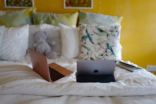 Pelbagai skrin di katil – hanya untuk mereka yang tidak mudah tertidur!