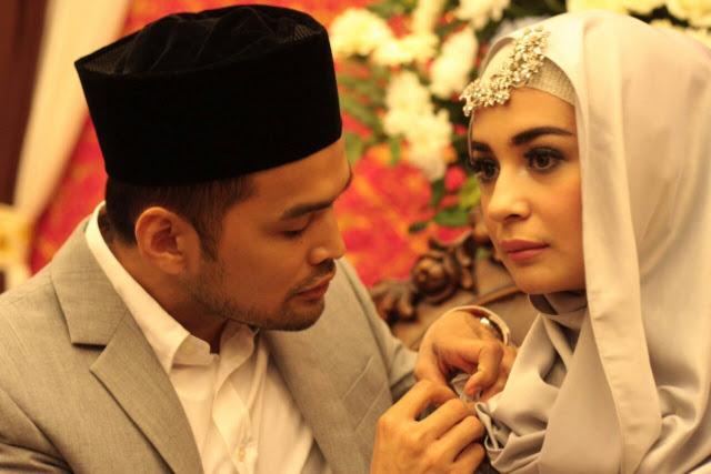 Dear Istri, Perlakukanlah Suamimu Dengan Baik! Banyak Istri Yang Menangis Setelah Baca