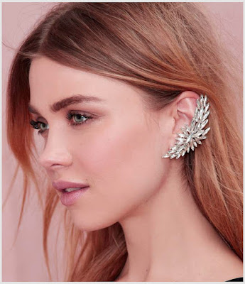 earcuff with With Retro Accessories