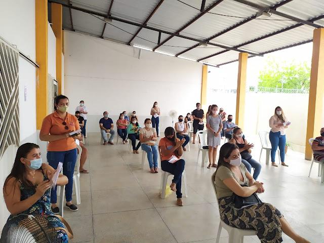 Pais atendem convite da equipe do Educandário Êxito e participam de Aula Inaugural para início de ano letivo