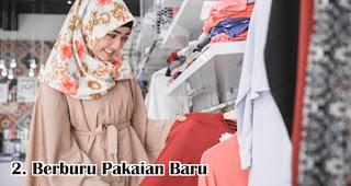Berburu Pakaian Baru merupakan salah satu fakta unik dan menarik lebaran di Indonesia