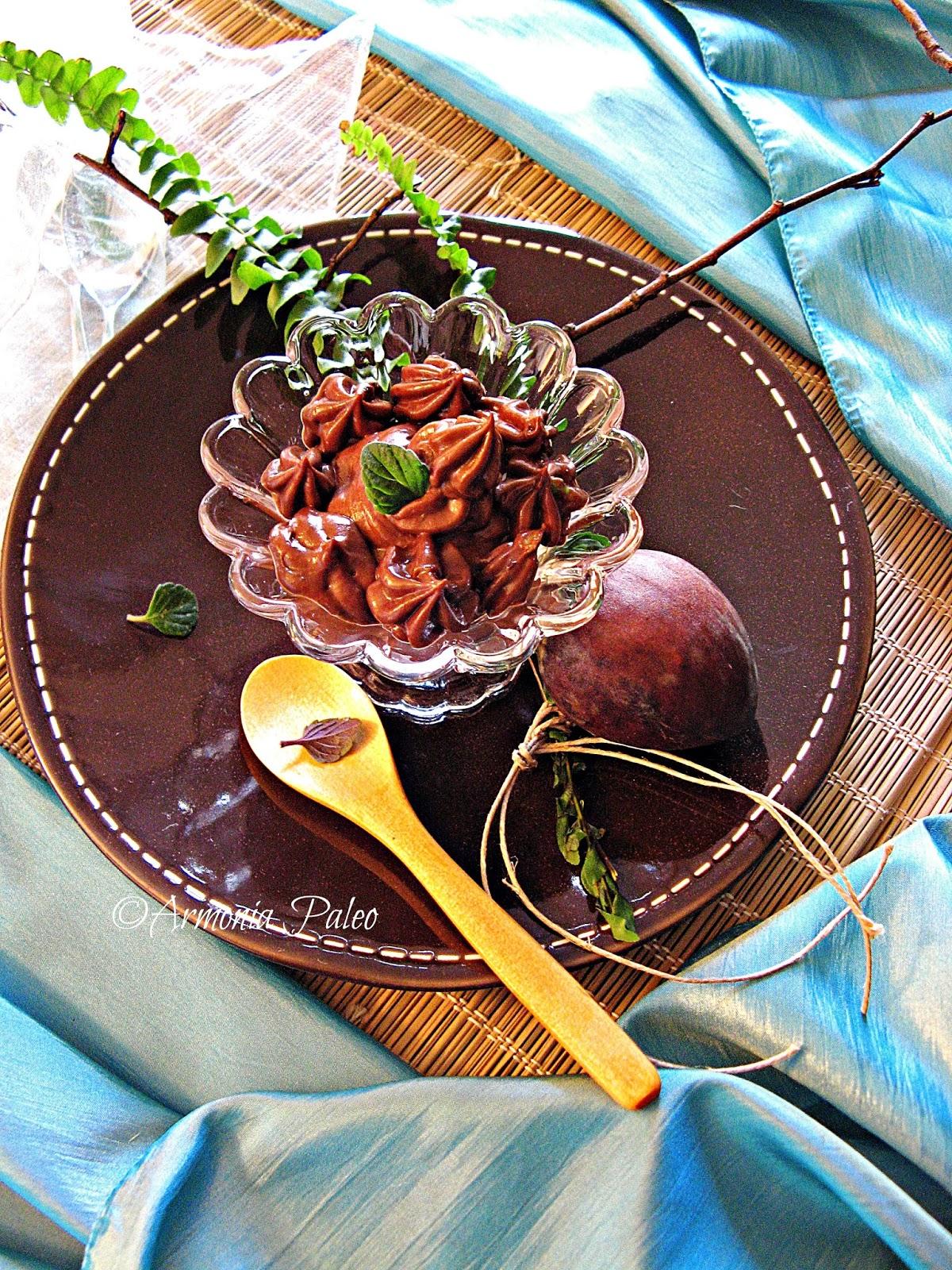 Mousse di Avocado al Cioccolato di Armonia Paleo