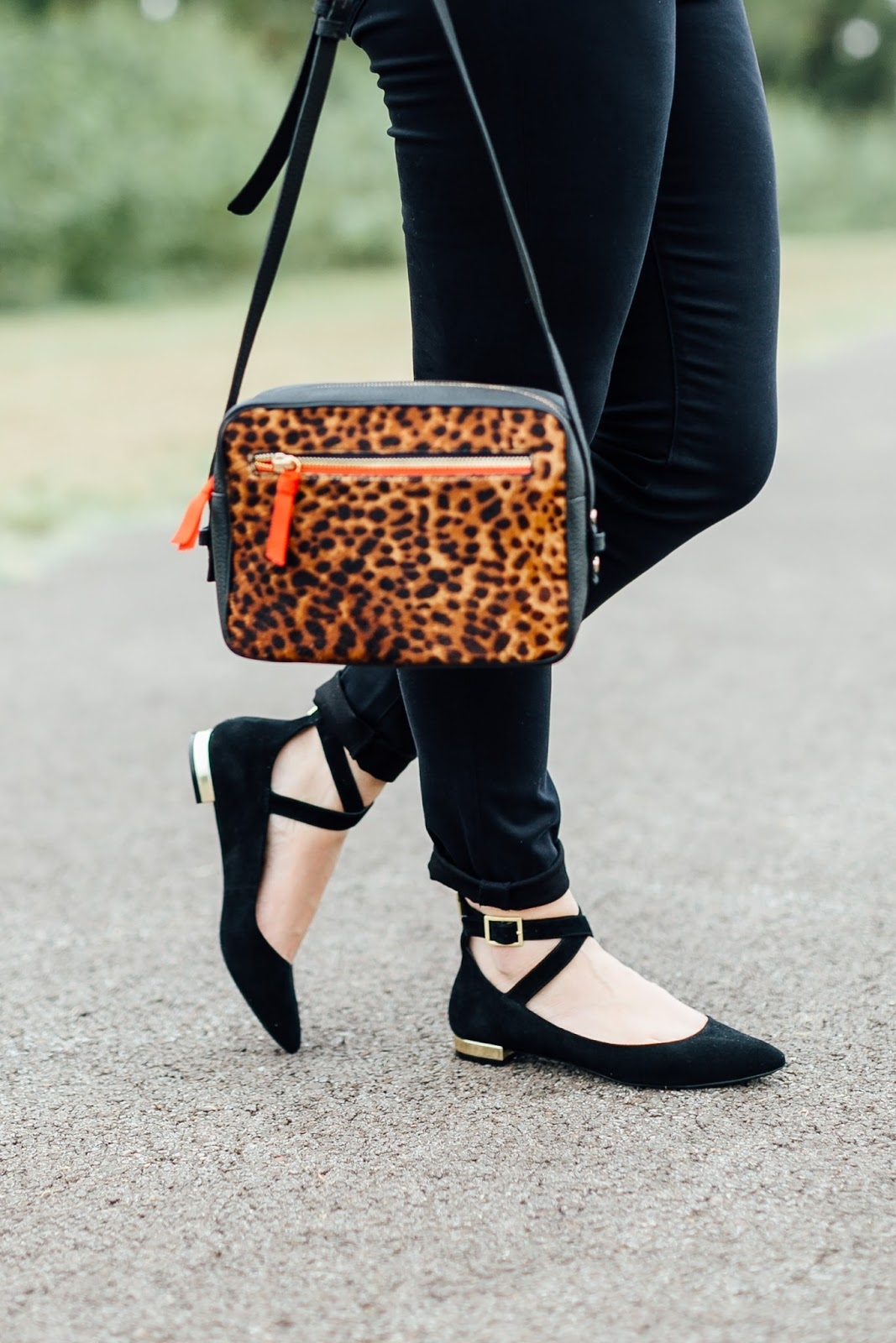 Comfortable Shoes to Take You from the Office to Date Night by East Memphis fashion blogger Waling in Memphis in High Heels