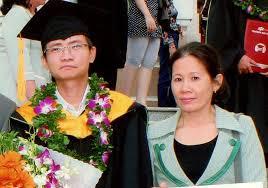 Đây là câu chuyện có thật về người mẹ của tiến sĩ An Kim Bằng (Jinpeng An),  người Trung Quốc, tốt nghiệp toán học tại Đại học Harvard.