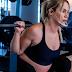 Veja vídeo: influenciadora fitness posta vídeo fazendo agachamento com peso de 140 quilos