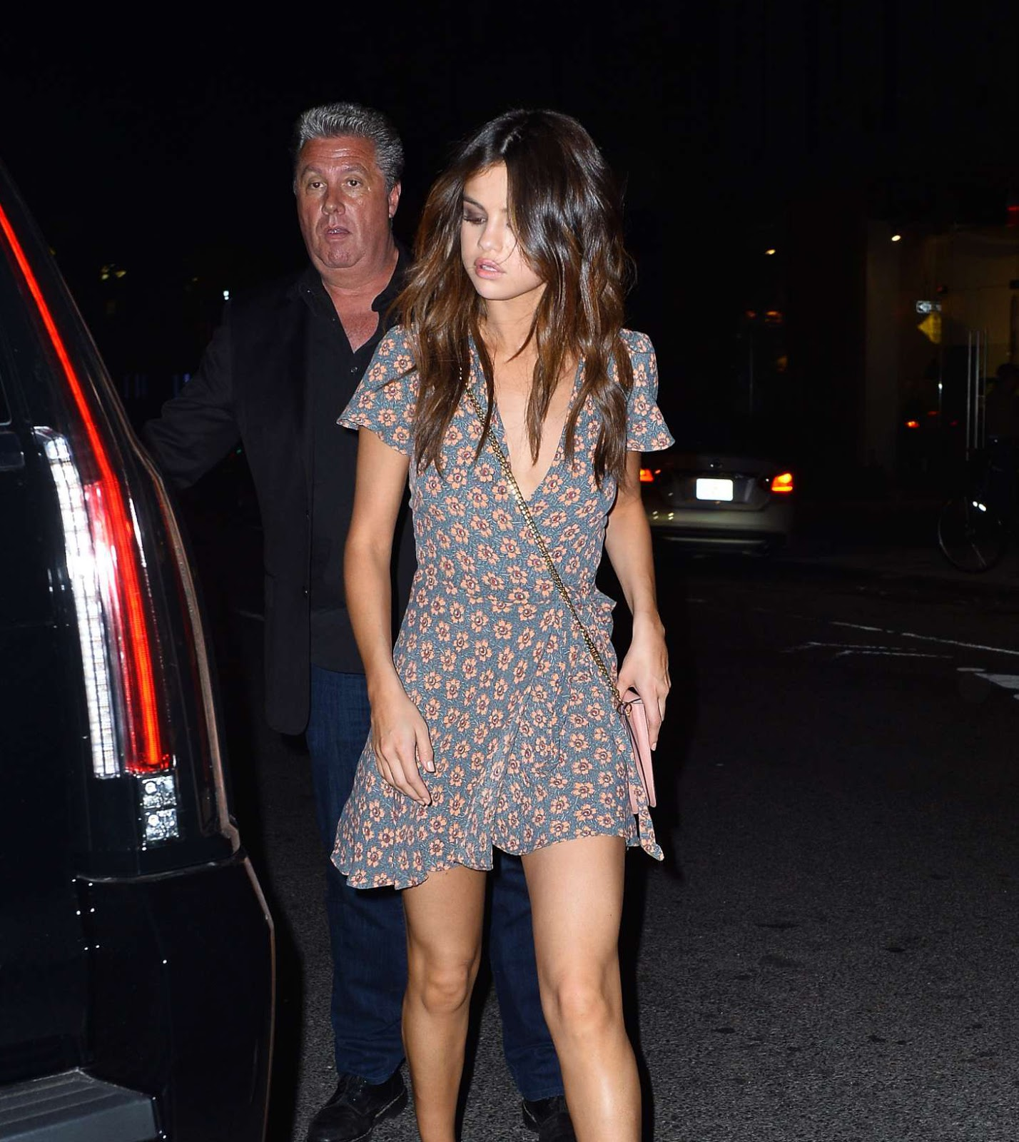 Selena Gomez Leggy Look In Floral Wrap Dress Krazy