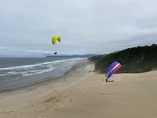 Paragliders on Cape Kiwanda dune.