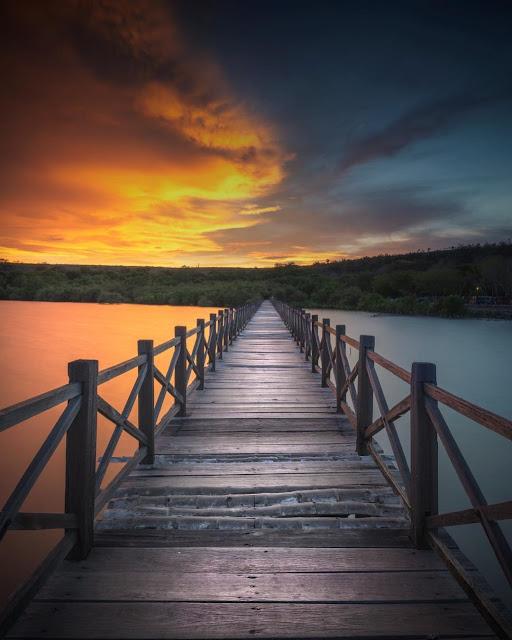 sunrise di pantai bentar probolinggo
