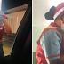 Jollibee crew umiiyak matapos sigàwàn ng isang customer, umani ng simpatya sa mga netizens
