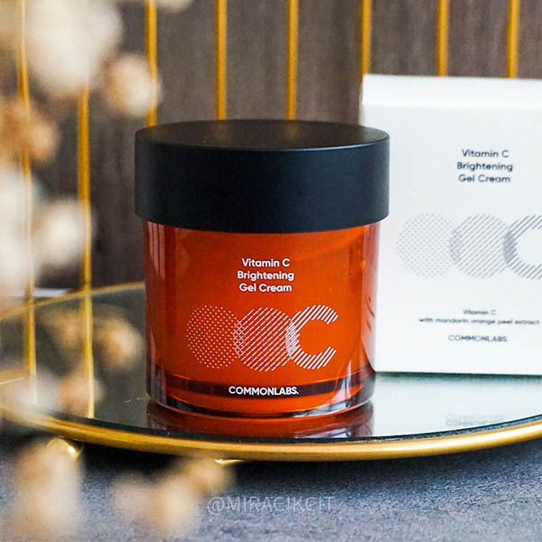 Commonlabs Vitamin C Brightening Gel Cream Review