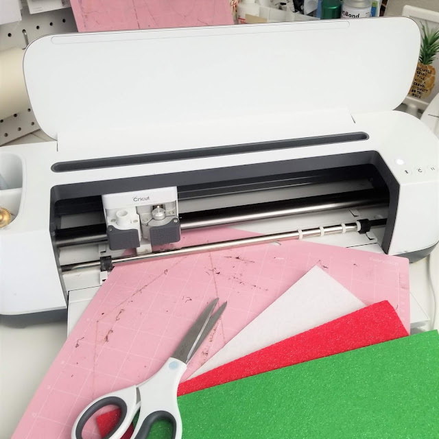 Cricut Gift Guide for Sewists
