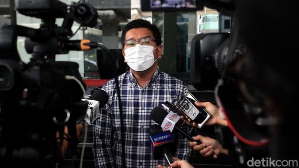 ICW Minta Jokowi yang Bersuara soal Nasib Novel Baswedan dkk