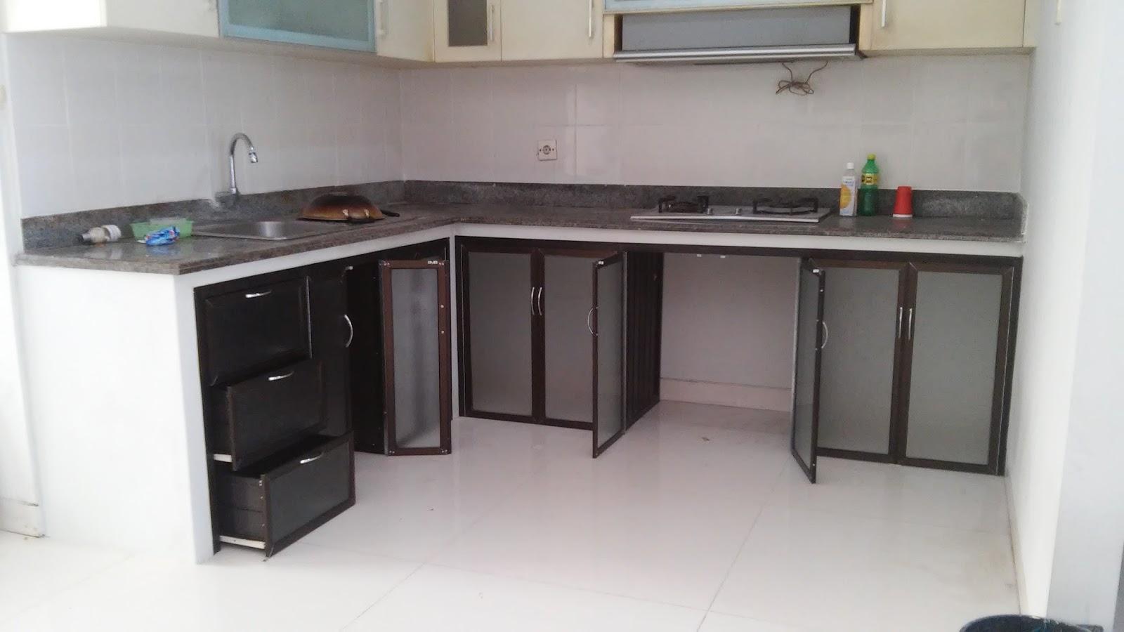 Laris Pro Alumunium Kaca Surabaya Tutup Dapur Bawah