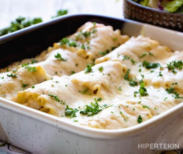 CHICKEN ALFREDO LASAGNA ROLL UPS RECIPE