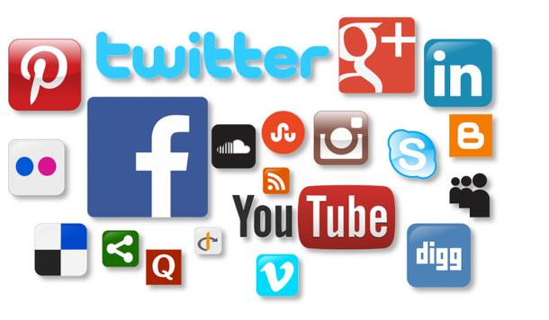 Suivre les articles et les photographies de Bernard Grua sur les fils des réseaux sociaux: Facebook, Flickr, Youtube, Instagram, Pinterest, Twitter, et Linkedin