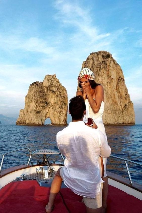Proposing on Gondola - Nice Sea view