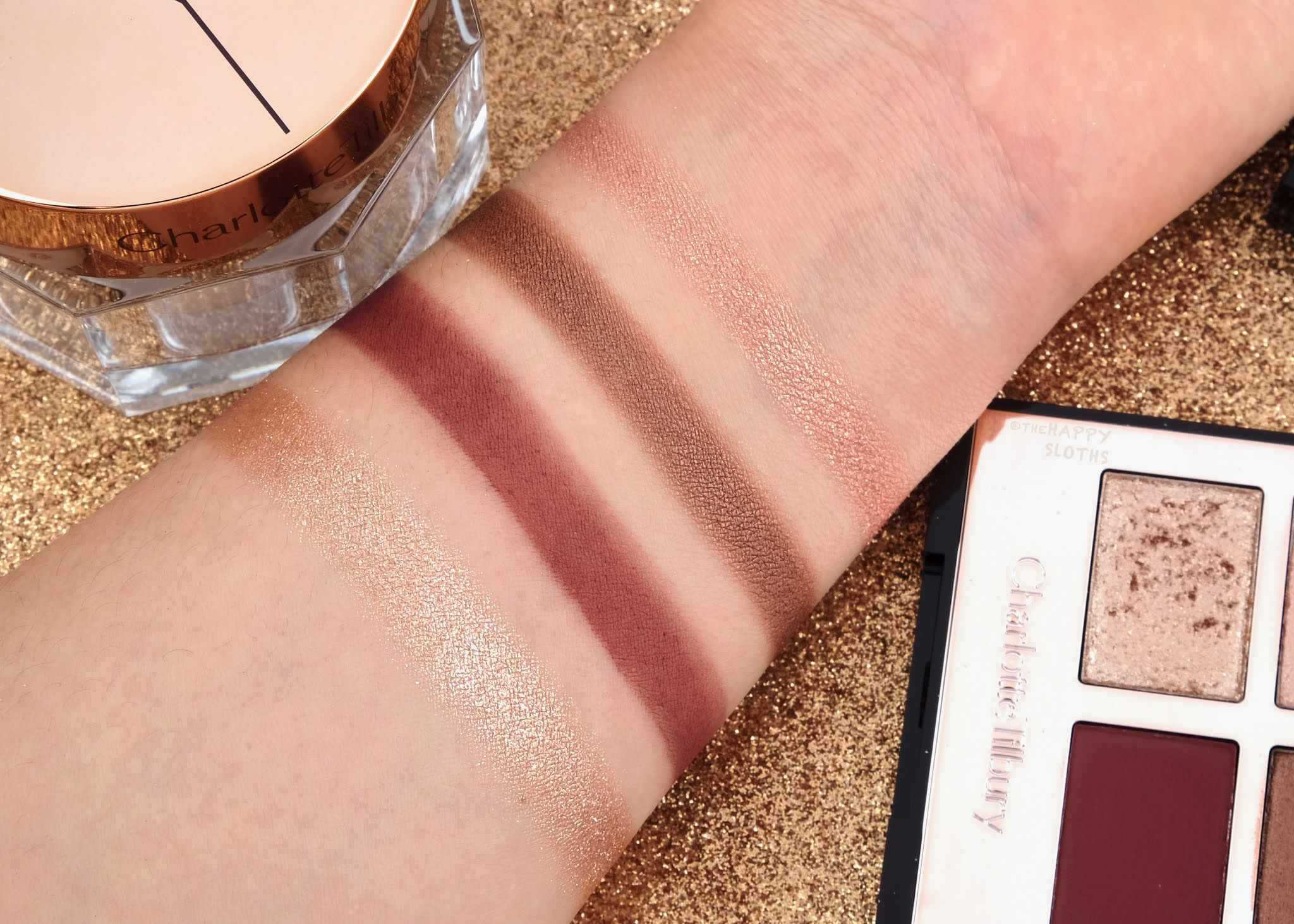 "Charlotte Tilbury | Holiday 2020 ""Fire Rose"" Luxury Palette: Review and Swatches"
