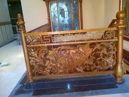 spesialis pengerjaan Pagar, Railing Balkon Tangga Besi Tempa Klasik dengan Ornamen besi tempa khusus