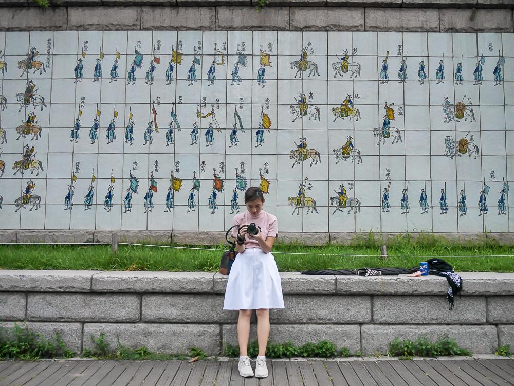 Cheonggyecheon stream seoul korea travel