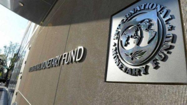 Banco Mundial y FMI piden suspender pagos de deuda de países pobres