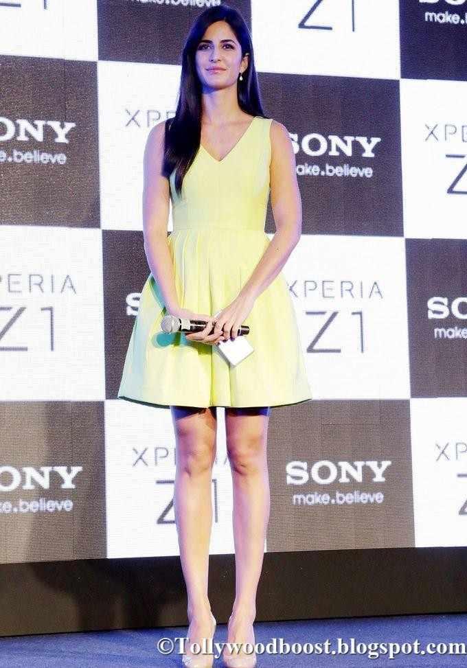 British Actress Katrina Kaif Long Legs Show In Mini Yellow Top