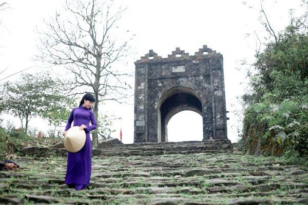 Hoành Sơn Quan và danh thắng đèo Ngang