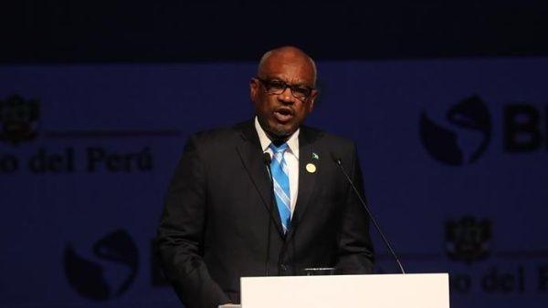 Caribe refuerza restricciones ante contagios de la Covid-19