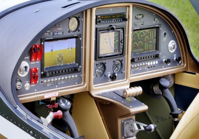 Tomark Viper SD-4 cockpit