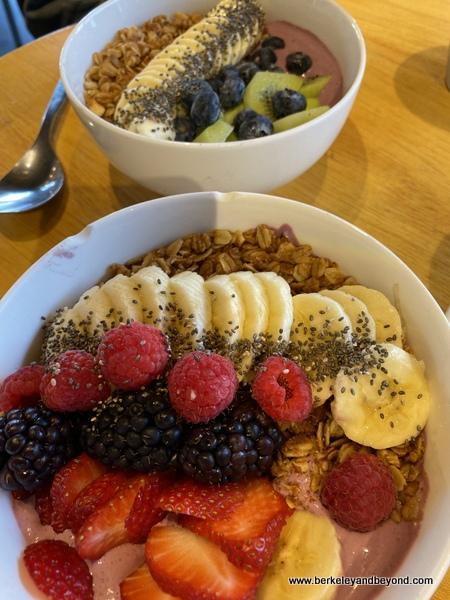colorful breakfast bowls at Zazzi Foods in Berkeley, California