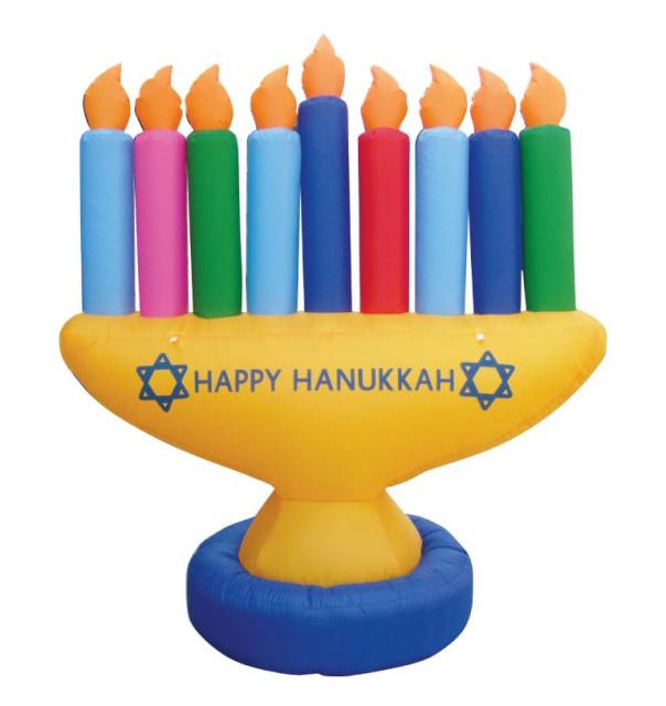 Hanukkah home decoration and candle decoration ideas