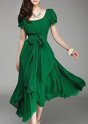 Зеленое платье с летящим силуэтом прекрасной подойдет для любого торжества