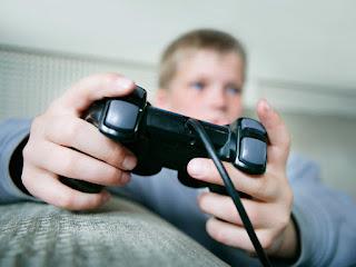 Tahukah Anda Video Game Dapat Membantu Anak Anda?