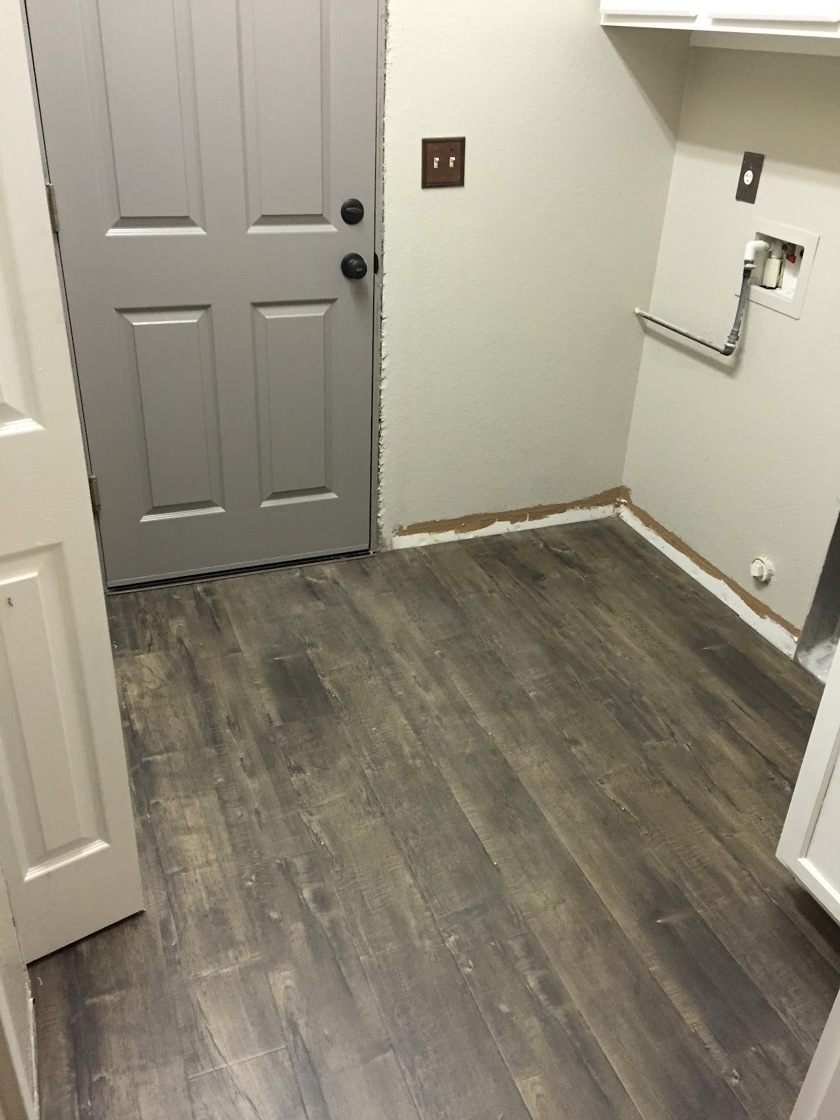 Farmhouse Laundry Room Floor Farmhouse Glam Laundry Room Paint And Flooring Choices