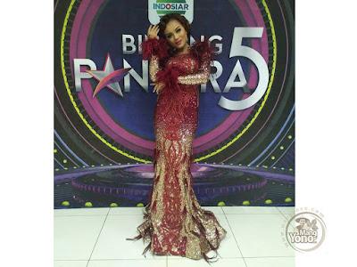 FOTO 3 : JAMILA Subang  BP5  Gaun Glamornya saat tampil di 6 Besar