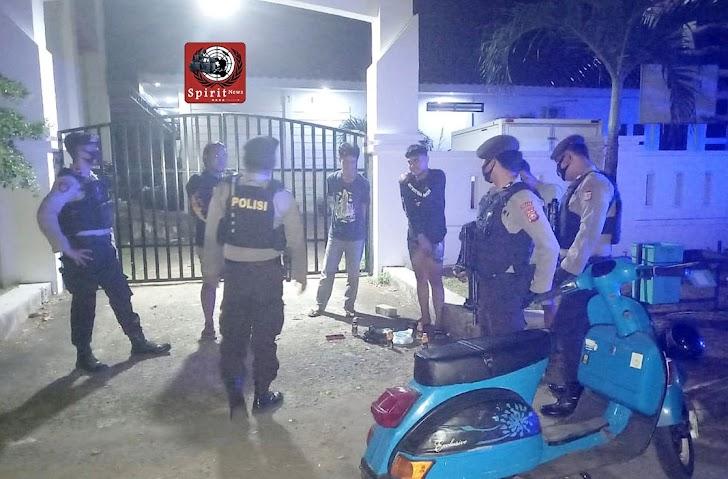 Personil Satuan Sabhara Polres Takalar Siaga Satu Jaga Kamtibmas dan Terapkan Prokes