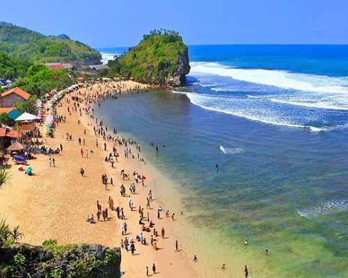 Pantai Indrayanti Yogyakarta