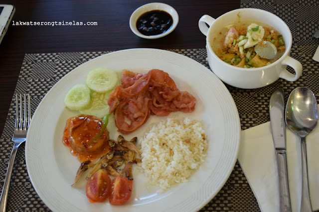 RAINY WEEKEND STAYCATION AT HOLIDAY INN MANILA GALLERIA