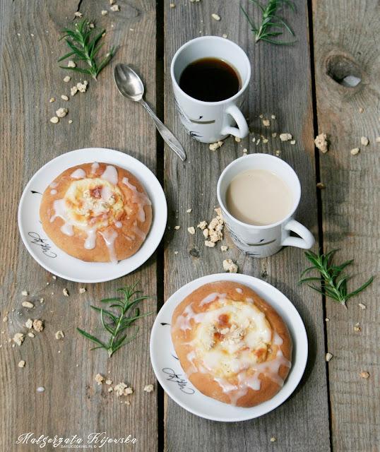 ciasto drożdżowe, deser, drożdżowe wypieki, daylicooking, Małgorzata Kijowska
