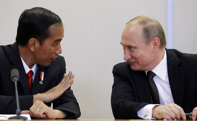 'Kemesraan' Rusia – Indonesia di Era Jokowi Berakhir?