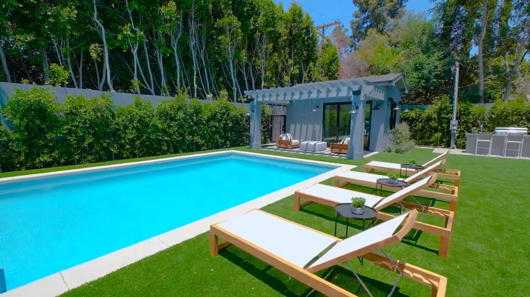 58 Interior Photos vs. 4533 Gentry Ave, Studio City, CA Luxury Home Tour