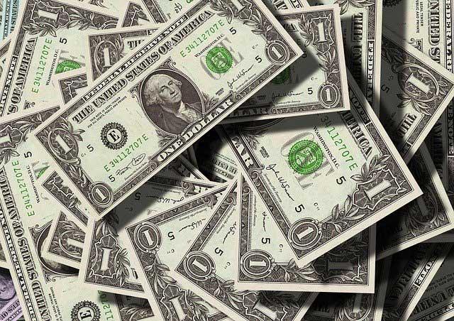 Major League Salaries 2015