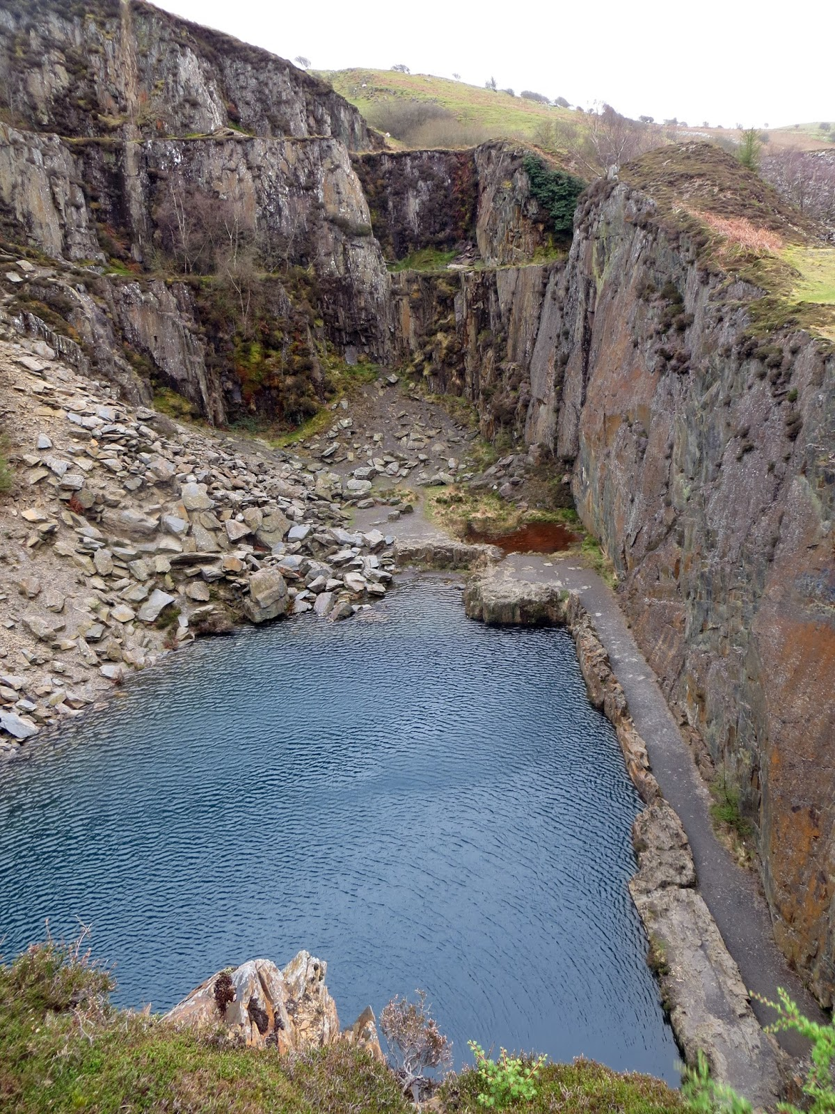 Blue lagoon, blue lake, mid wales, Wales, Snowdonia, abseil, adventure, quarry, abandoned quarry, exploration, wild swimming, location, climbing, rappel, slate quarry, urbex, Golwern Quarry, Goleuwern
