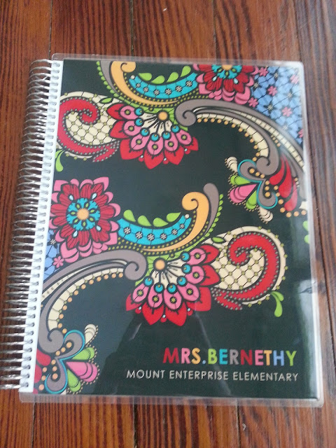 I love my Erin Condren Teacher Planner! It has everything I need to keep my classroom organized. This post shows a detailed looking inside the planner with lots of photos. You can even earn $10 towards your future EC purchase!